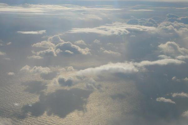 boven-ijsland-above-iceland-20150224-14790043460F4FDA0B-0FA2-4FDA-3395-D2613A1BF730.jpg
