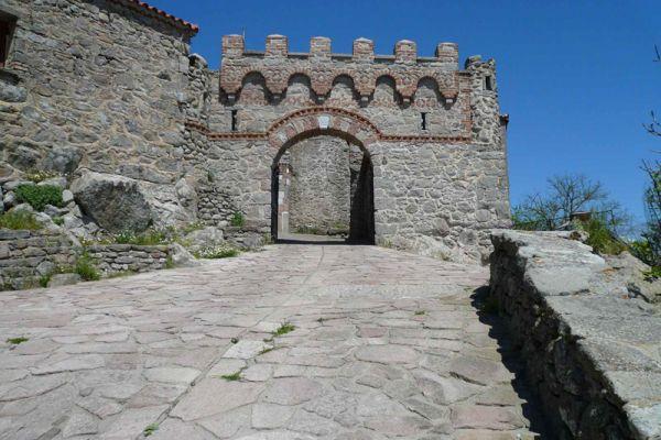 klooster-ypsilou-monastery-20150527-171126533897C24224-BD94-3B3F-3DA4-BFE47738DD31.jpg