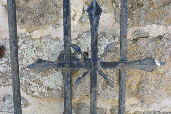 klooster-ypsilou-monastery-iron-cross-20150527-19673607939DF27F64-232A-2E3A-88A6-F42E743D3D38.jpg