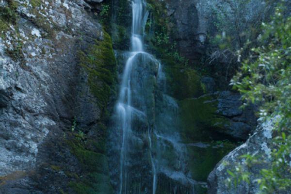 waterval-van-mankatsa-waterfall-20150527-1714018201B167B0A1-3F87-36A0-AA27-865651027D19.jpg