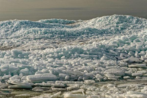 kruiend-ijs-drifting-ice-20141220-1673819282AB62A951-EB87-CB53-27B1-E367831AF72F.jpg