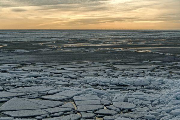 kruiend-ijs-drifting-ice-3-20141220-1543465396DC789B85-5C29-28E6-1FAC-9E7E0BC0DF2F.jpg