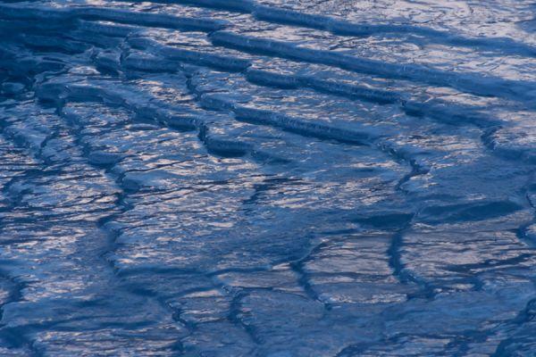 bevroren-rivier-frozen-river-20141219-1793157335C94B50F0-432C-6FB5-D3E0-6400A16CA40A.jpg