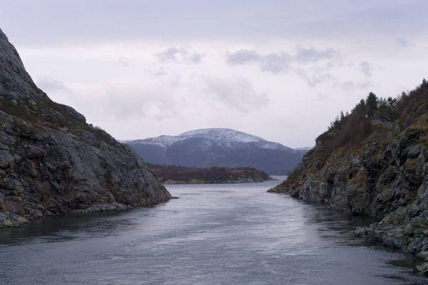 fjorden-kust-fjord-coast-2-20141219-1139681186EE3F6076-7D7E-F4BD-8C56-0EDA6F48CB8B.jpg