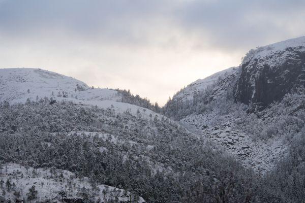 fjorden-kust-fjord-coast-9-20141219-203016622910290883-91C4-ED0B-2827-430622050584.jpg