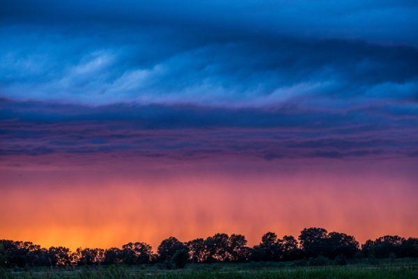 zonsondergang-in-onweer-sunset-in-thunderstorm-1-20141219-134158849739DD59A1-AF34-EEF6-5EE8-D171A1EE1691.jpg