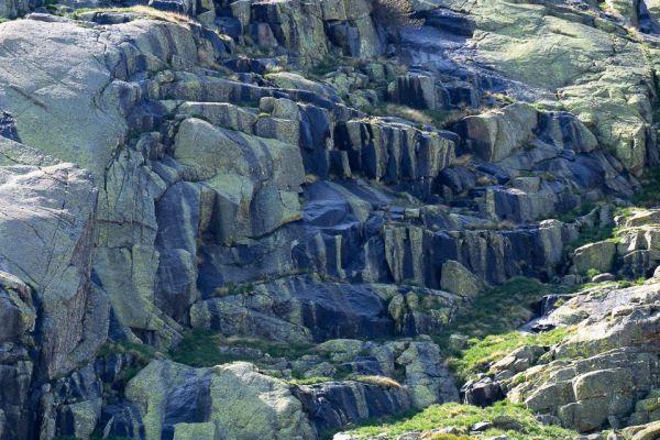 rots-formatie-gredos-rock-formation-gredos-felsformationmdhDA5EB946-9FAF-8E12-87F2-E0E55B99D46A.jpg