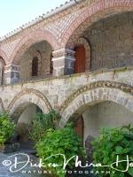 klooster_ypsilou_-_monastery_balustrade_20150527_1875574371