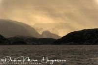 zonsondergang_in_een_fjord_sunset_at_a_fjord_20141219_1239063071